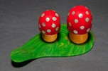 "Catalin Bakelite Figural ""Mushroom"" Salt & Pepper Shakers Rare"